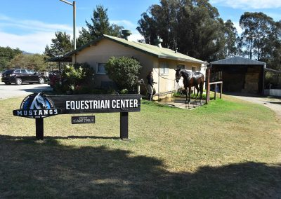 equestrian-center-stables-lessons-training-horses-horse-boarding